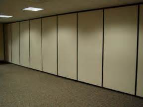 retractable wall barranger folding doors