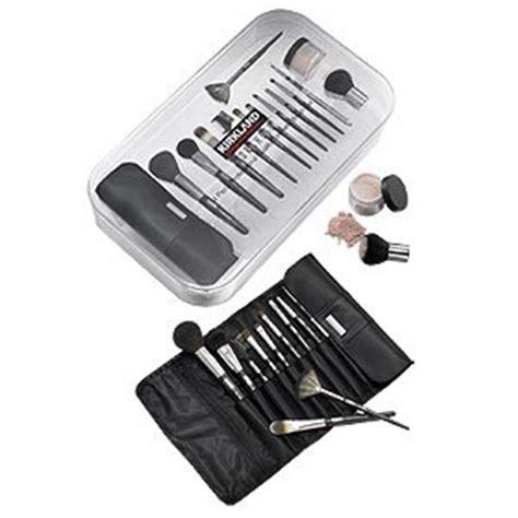 Makeup Brush Giveaway - borghese makeup brush giveaway