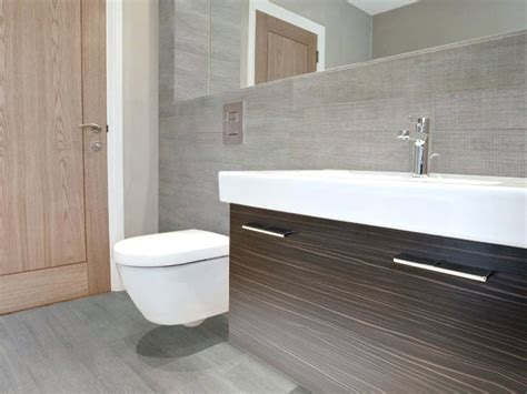 dark wood tile bathroom wood look tiles in bathroom peenmedia com