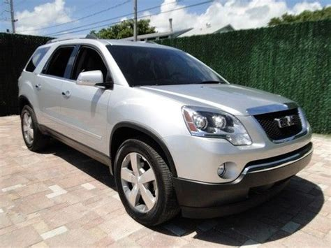 gmc acadia with captains chairs purchase used 2012 gmc acadia captains chairs leather