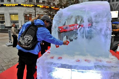 melt giant blocks  ice  london  win  swiss