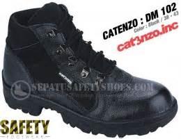 Distributor Sepatu Safety Merk Unicorn toko sepatu safety dan sepatu gunung