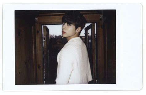 Shinee Jonghyun Story Op 2 jonghyun story op 2 digital booklet shineeverybody
