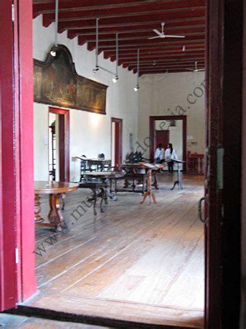 Kursi Kayu Eboni museumindonesia museum sejarah jakarta