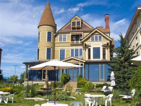 Baker House Lake Geneva by Daydream Lake Geneva Destination Weddings