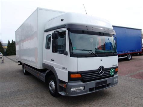 Box Truck With Sleeper by Mercedes Atego 818 L Box Truck Sleeper 6 Seats Price
