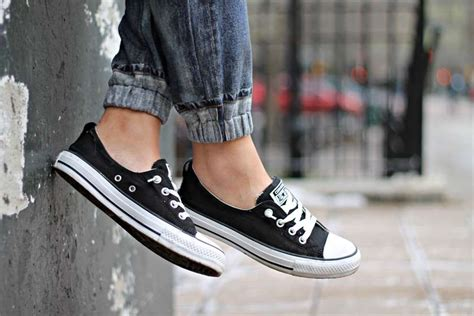 Sepatu Converse Ct 2 High Year Blue Bnib Made In Indonesia the recent trend among of wearing sneakers without socks
