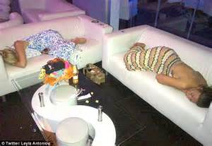 share my couch towie girls cara kilbey lauren goodger and frankie essex