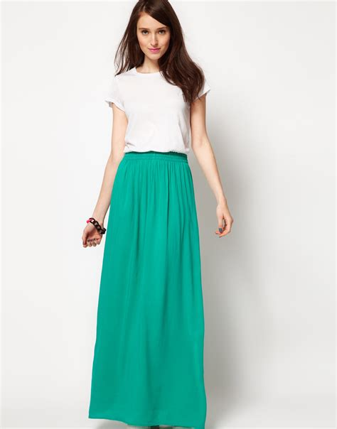 black maxi skirt white top 2014 2015 fashion trends 2016