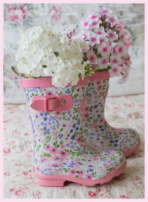 pretty floral rubber boot vases luscious ideas - Rubber Boot Decoration