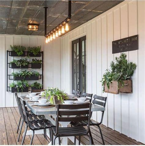 fixer upper outdoor lighting best 25 modern farmhouse porch ideas on pinterest