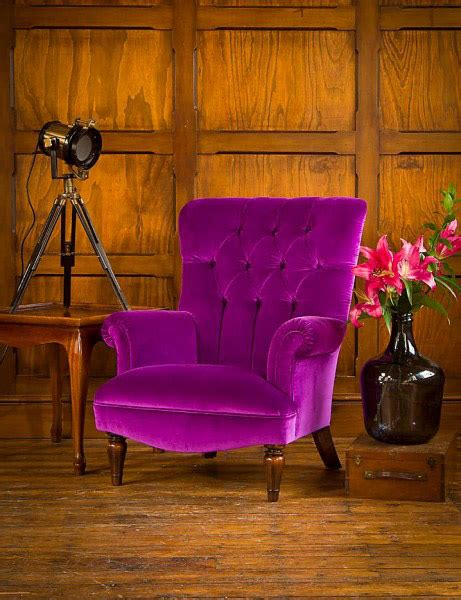 fauteuil anglais en tissu fauteuil regent en tissu de velours coloris modena velvet aubergine longfield 1880