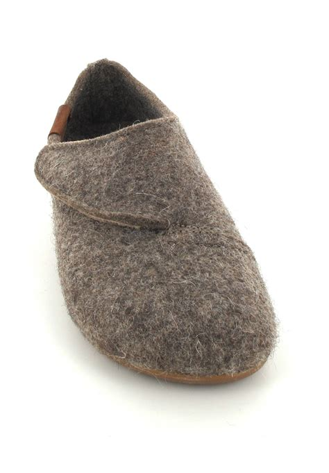 german wool slippers german wool slippers 28 images custom german shepherd