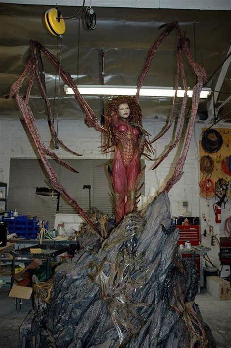 Amazing Life Sized Starcraft Queen Of Blades Statue Photo | amazing life sized starcraft queen of blades statue
