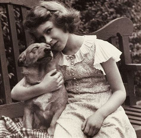 elizabeth s dogs elizabeth person live the world s most royal trainer thedogs a for