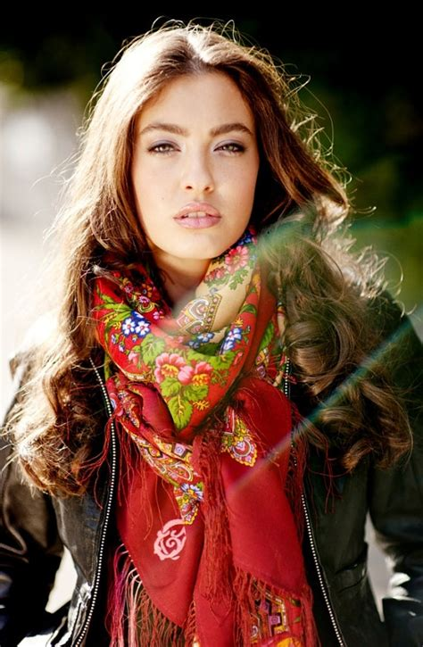 Pasmina Sofia Flower 17 best images about russian shawl on wool floral scarf and europe