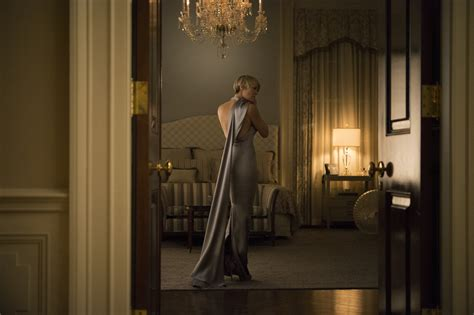 robin wright s house of cards style a how to guide from stylist huffpost
