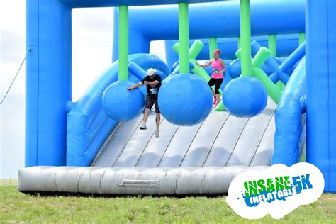 bounce house 5k the harlem valley news insane inflatable 5k obstacle comes to the dutchess county