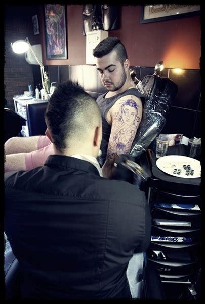 rude tattoo leeds vicar lane familia tattoo studio leeds city centre tattoo shop