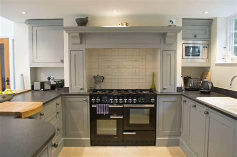 Handmade Shaker Kitchens - gallery debenvale