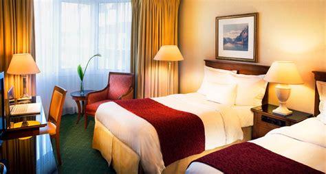 marriott bett quot deluxe zimmer bett quot hotel marriott heidelberg in