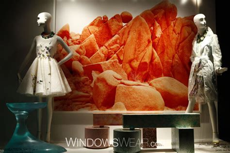 Bergdorf Blogs by Mannequin Trends 2014 August By Windowswear 187 Retail
