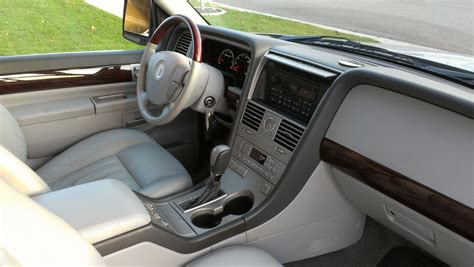 Lincoln Aviator Interior by 2005 Lincoln Aviator Interior Pictures Cargurus