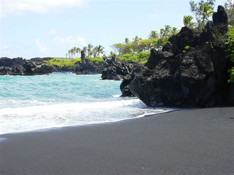 what is black sand the incredible black sand beach in hawaii the amazing pics