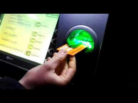 prelevare soldi in come prelevare soldi gratis da un sportello bancomat atm