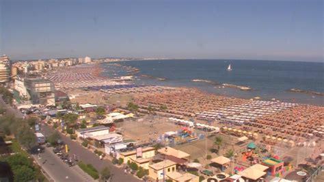 cattolica web panorama sulla spiaggia di cattolica