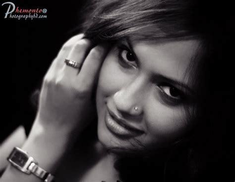 bangladeshi clip of director enamul karim nirjhor and model