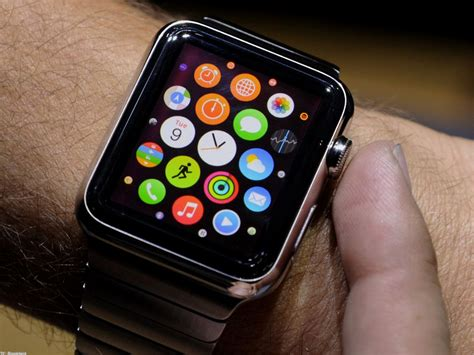 Smartwatch Apple 2018 apple s smartwatch technology helps save in new york business recorder