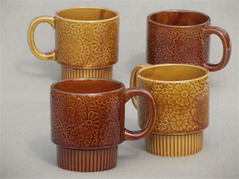 Retro mug tree set, 70s vintage Japan ceramic coffee mugs & rack in box