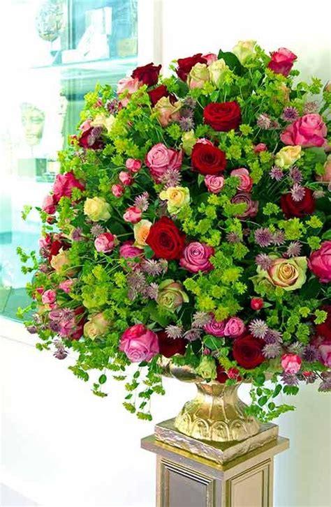 beautiful arrangement 25 best ideas about large flower arrangements on