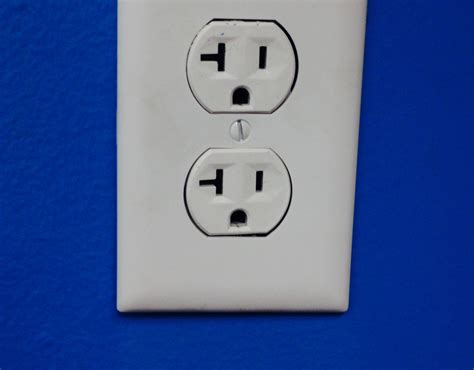 electrical outlet safety dallas electrician mister sparky