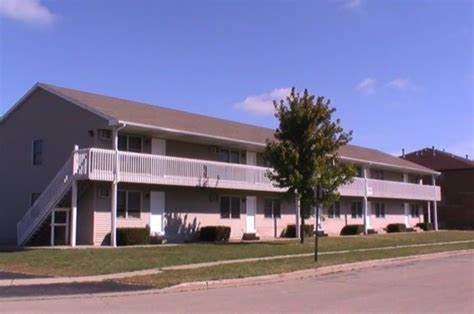 one bedroom apartments in dekalb il apartment for rent in 1053 ridge drive dekalb il