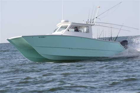 freeman boats that was fishing in n c and freeman 33 pilothouse was there