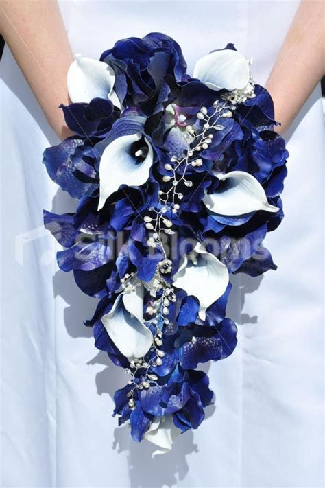 Dress Navy Blue Bunga Navy 25 best ideas about blue wedding flowers on