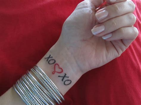 xoxo tattoo ideas pin by tracey roberts on xoxo
