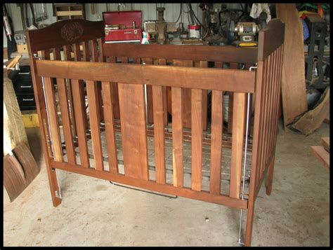 Crib Diy Plans by Free Diy Baby Crib Plans Woodworking Projects