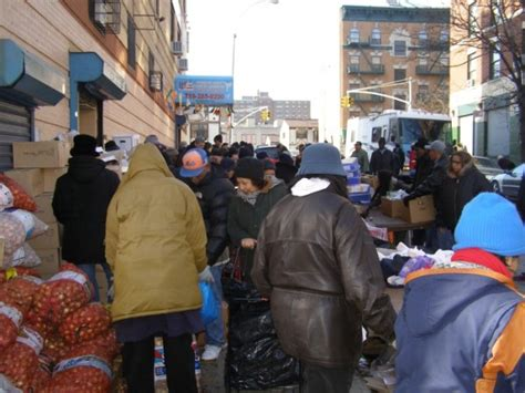 at a food pantry in the south bronx lines ny city lens