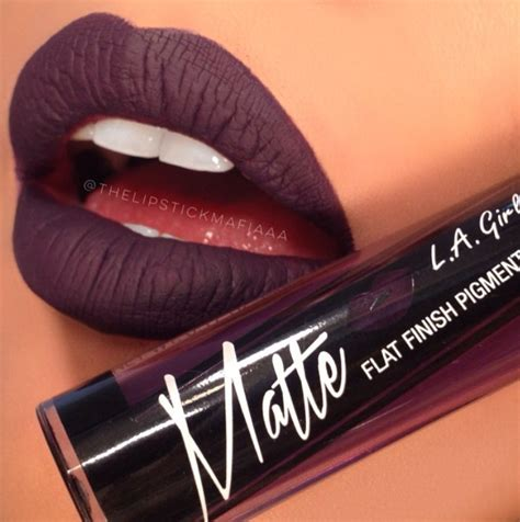 Lipstik Crrante la matte lipstick black currant modern war paint black currants matte