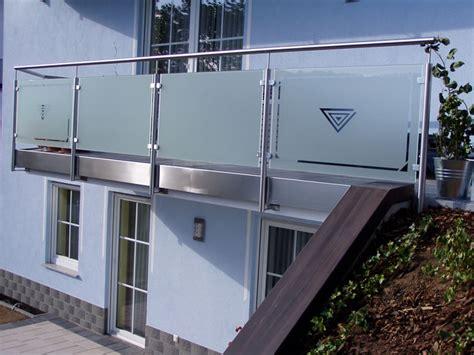 va gel nder mit glas franzsischer balkon glasscheibe balkongel 228 nder