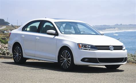 volkswagen jetta white 2011 volkswagen gets tuned up partners with fender car and