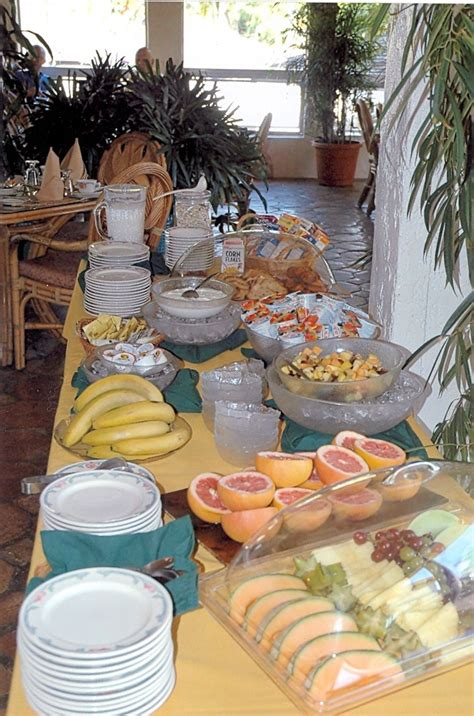 Local Fruit And Bruno S Pastry Make A Great Continental Brunch Buffet Ideas
