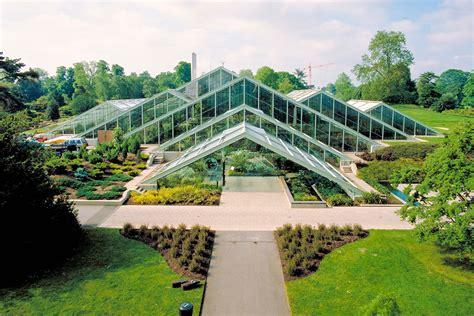 thames river cruise kew gardens visit to kew gardens with thames river cruise from central