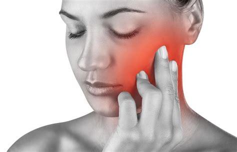mal di testa rimedi omeopatici nevralgie combatterle con i rimedi naturali