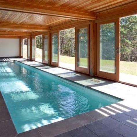 indoor pool house idee decor piscine coperte a cui ispirarsi designbuzz it
