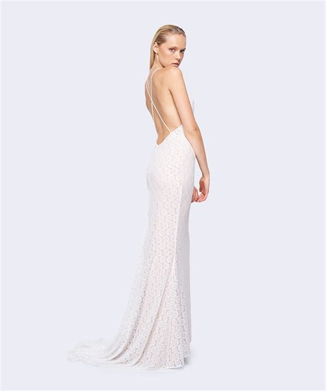 Chic Wedding Dresses by Chic And Affordable Wedding Dresses From Fame Partners