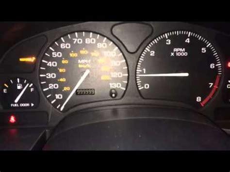 2006 saturn vue 98094 miles speedometer instrument cluster 2002 saturn vue dash display issues youtube